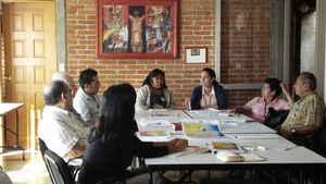 Grupos de trabajo con dirigentes de organizaciones