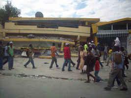 Puerto Príncipe, Haití tratando de reactivar la vida - foto de Federico Corporán